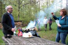 11a_Maiwanderung_Warten-aufs-Essen